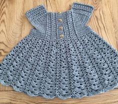 38 Best Ideas for crochet baby girl dress doll clothes Baby Girl Crochet, Crochet Baby Clothes, Crochet For Kids, Crochet Ideas, Crochet Dress Girl, Crochet Baby Dress Pattern, Baby Dress Patterns, Knit Patterns, Style Patterns