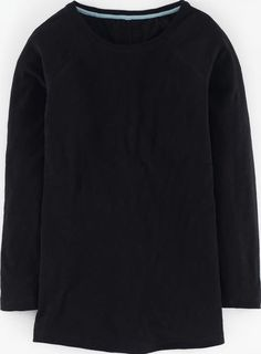 Boden Long Lightweight Baseball Tee Black Boden, Black Now in a longer length with a relaxed shape, our brand new Lightweight Baseball Slub Tee pulls off casual with ease. The traditional baseball top stitching and seams are on point. http://www.comparestoreprices.co.uk/january-2017-9/boden-long-lightweight-baseball-tee-black-boden-black.asp