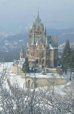 Beauty and the Beast Castle Drachenburg, Bonn, Germany Beautiful Castles, Beautiful Buildings, Beautiful Places, Chateau Medieval, Medieval Castle, Places To Travel, Places To See, Travel Destinations, Amazing Places On Earth