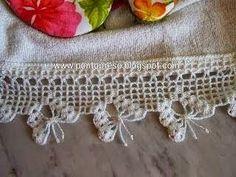 Risultati immagini per bicos em crochet Crochet Boarders, Crochet Motifs, Thread Crochet, Crochet Trim, Filet Crochet, Crochet Crafts, Crochet Doilies, Crochet Lace, Crochet Stitches