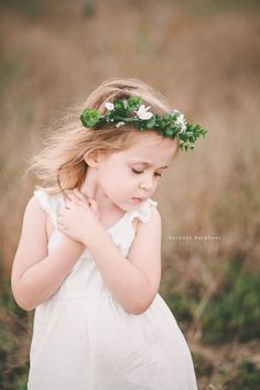 Outdoor whimsical little girl session | Orlando child photographer | Bethney Backhaus Photography