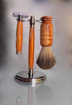 Wooden shaving set. Wooden razor - Groomsman, Graduation, Birthday, Boss…