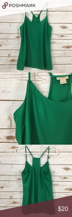 "J. Crew Kelly Green Strappy Tank Top Cute and casual kelly green strappy tank, great for layering, by J. Crew. 25"" long. 17"" pit to pit. Adjustable straps. In great condition.   🚭 Smoke-free home 📬 Ships by next day 💲 Price negotiable  🔁 Open to trades J. Crew Factory Tops Tank Tops"