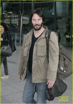 Keanu Reeves flashes a peace sign as he makes his way through Heathrow Airport on Tuesday (March 5) in London, England.    The 48-year-old actor flew into the city…