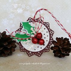 Handmade by Jussstynka: Z ostrokrzewem Christmas Ornaments, Holiday Decor, Handmade, Home Decor, Hand Made, Decoration Home, Room Decor, Christmas Jewelry, Craft