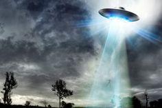 """Dr David Jacobs fez revelações sobre os misteriosos incidentes de abduções alienígenas, descrevendo a """"complexa série de eventos"""""""