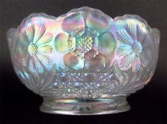 Cosmos Cane by U s Glass Splendid White Carnival Glass 4 Bowl Pastels | eBay