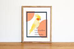 Illustrazione da scaricare subito con un pappagallino giallo e la scritta Life is yellow with red cheeks. Per camerette e nursery di IlluminoHomeIdeas su Etsy