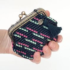 Metal closure purse crochet purse kiss lock purse tapestry