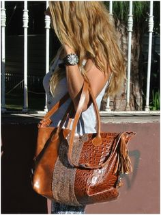 Montecarlo: Leather and paillettes bag www.facebook/pasionargentina