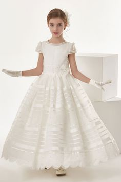 Nectarean Ivory Organza Ball Gown Cap Sleeve Bow(S) Floor-Length Communion Dresses