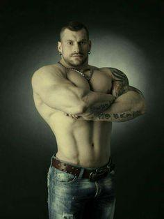 Sexy muscle Hunks - Community - Google+