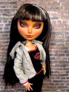 Ever After Cerise Hood by Donna anne Mattel Dolls, Ooak Dolls, Monster High Repaint, Ever After High, Disney Princess, Disney Characters, Disney Princes, Monster High Custom, Disney Princesses