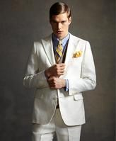 In celebration of Jay Gatsbys ivory suit in The Great Gatsby movie, Brooks Brothers has debuted its own Great Gatsby Collection, featuring this handsome three-button ivory linen herringbone jacket. For more Great Gatsby wedding ideas The Great Gatsby Movie, Great Gatsby Fashion, Great Gatsby Wedding, Wedding Men, Wedding Suits, Wedding Ideas, Wedding Themes, Wedding Stuff, Wedding Inspiration