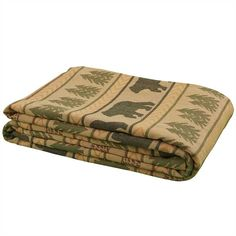 This popular Bear Tracks Queen Bedspread measures 94 x 108 from Park Designs is the right choice for your rustic retreat. Lodge Look, Lodge Style, Black Bear Decor, Rustic Bedding, Lodge Decor, Queen Beds, Bed Spreads, Rustic Decor, Outdoor Blanket
