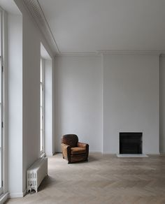 Minimal Kitchen by Architecture firm DRDH inspired by the sparsely furnished interior painting of Danish Artist Wilhelm Hammershoi (1864-1916)   Bryanston Square, Marylebone, London.