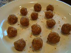 Raw Vegan Pumpkin Spice Donut Holes Recipe – 5 Minute Recipe