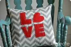Pillow-DIY by ashleyw