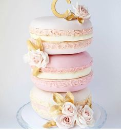 """1,144 Likes, 22 Comments - The Little Big Company (@littlebigcompany) on Instagram: """"Beautiful by @creme.co_by.touran #melbourne #cake"""""""
