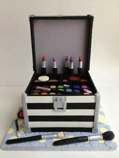 Make-up taart