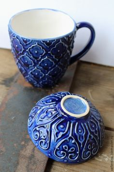 Pottery Painting Designs, Pottery Designs, Pottery Mugs, Ceramic Pottery, Ceramic Cups, Ceramic Art, Doll House Crafts, Clay Cup, Ceramics Projects