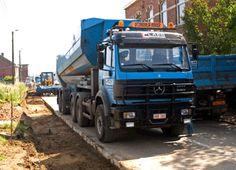 uitgegraven grond, geladen in kipper-oplegger Trucks, Vehicles, Truck, Car, Vehicle, Tools