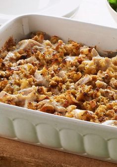 STOVE TOP One-Dish Chicken Bake – Tasty bakes get even tastier when stuffing is involved. Add chicken and sour cream, and you've got a piping-hot recipe to bring to the dinner table tonight!