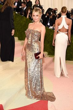 Sienna Miller in Gucci at the Met Gala 2016.