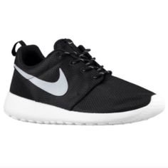 a38f0c7f3045 Womens Nike Roshe One Shoe Black White Metallic Platinum Size