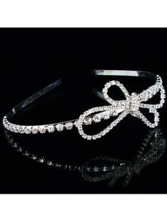 Alloy with Rhinestones Flower Wedding Bridal Headpiece