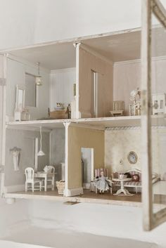 Madam Petite ~doll house~wall cabinet~