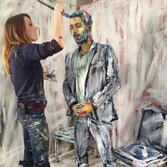 Artist Alexa Meade paints live three-dimensional subjects and renders them -- for a moment or through the camera's lens -- as two-dimensional expressionist works.