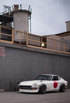 hakosukajapan:  Datsun 240Z. ViaSteven Martinez.