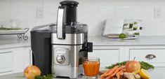 Comprando un #exprimidor #eléctrico puedes hacer fácilmente zumos y jugos con cítricos de temporada y decir adiós a los suplementos vitamínicos, caros y menos naturales que la fruta. Juicing, Fruit, Get Well Soon