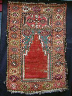 Anatolian prayer rug Muslim Prayer Rug, Bohemian Rug, Boho Rugs, Magic Carpet, Kilims, Turkish Kilim Rugs, Tribal Rug, Rugs On Carpet, Prayers