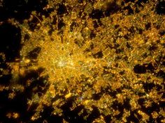 9 Incredible Pictures of City Lights From Space Earth At Night, Earth City, Earth Photos, Light And Space, World Images, Earth From Space, Image Of The Day, Night Photos, World Cities