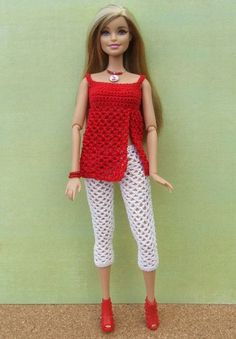 crocheted barbie doll clothes Something red Crochet Doll Dress, Crochet Barbie Clothes, Knitted Dolls, Crochet Skirts, Dress Sewing, Barbie Und Ken, Barbie Mode, Barbie Clothes Patterns, Clothing Patterns