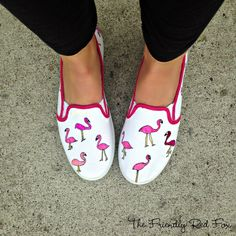 Make your own flamingo shoes for $6! These are perfect for spring and summer!