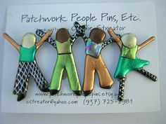Create Your Own Four People Pin, Children, Brothers, Sisters, Grandchildren, Friends Jewelry. 20.00, via Etsy.