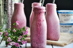 Classic Berry Smoothie from French Toast, Cheesecake, Salad, and 20 Other Recipes to Make With Berries