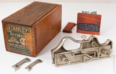 STANLEY NO. 444 Dovetail Tongue and Groove Plane MINT & COMPLETE in its Original Wooden Box
