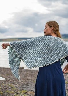 Vær oppmerksom på at det legges til MVA for norske kunder. Shawl Patterns, Knitting Patterns, Knitted Shawls, Free Knitting, Ravelry, Free Pattern, Knit Crochet, How To Wear, Dresses