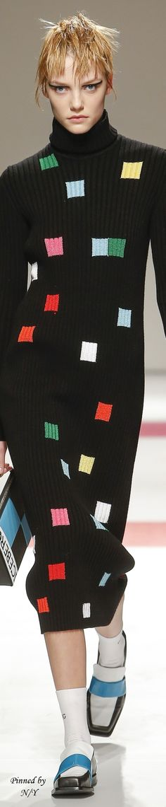 Iceberg Fall 2016 Ready-to-Wear colour block detail jumper dress inspiration entrend