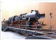 Modified Trumpeter 1/35 scale BR52 locomotive - Finescale Modeler Community