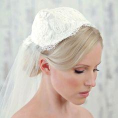 Vintage+Wedding+Tiaras+and+Headpieces | ... vintage inspired veils, Juliet cap veils, vintage jewellery and