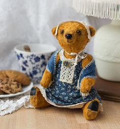 Aunty-bear. Handmade teddy bear by EkaterinaKolchugina on Etsy