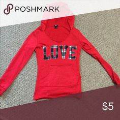 Red LOVE sweater Have never used in, very cute in great condition Rue 21 Sweaters Crew & Scoop Necks