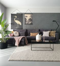 33 Charming Rustic Living Room Wall Decor Ideas for a Fabulous Relaxing Space - The Trending House Rustic Living Room Furniture, Home Living Room, Living Room Designs, Living Room Decor, Home Furniture, Antique Furniture, Wooden Furniture, Mauve Living Room, Chinese Furniture