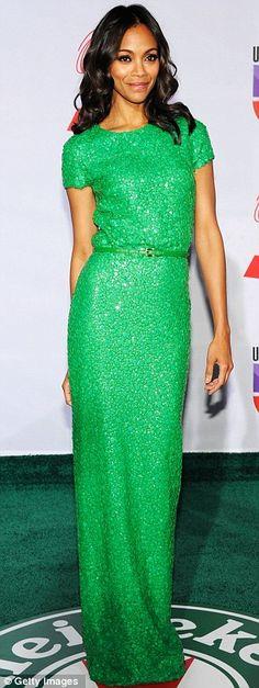 One of the best ever Zoe Saldana looks. Simple and glamorous and modern. Zoe Saldana, Look Fashion, Fashion Beauty, Looks Style, My Style, Beautiful Gowns, Gorgeous Dress, Dress Me Up, Prom Dress