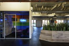 interview with kelly robinson, workplace designer for soundcloud + airbnb